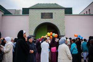 24-Septembre-2015-Les-fideles-musulmans-reunissent-Grande-Mosquee-Mantes-Jolie-pour-priere-Ad-Kabir-fete-sacrifice_1_730_400