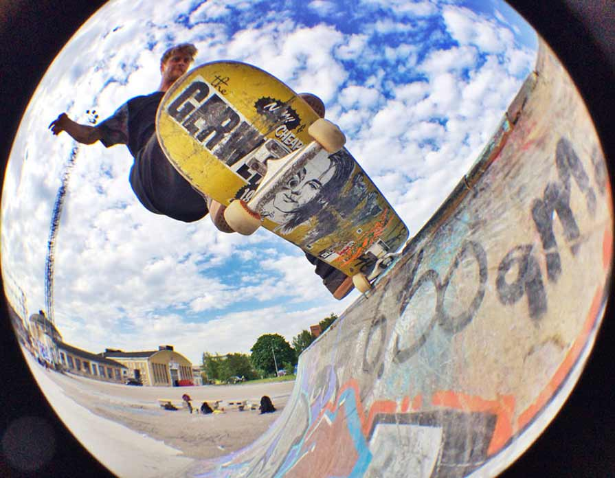 Skateboarding  Behind the Lens (Post 6) (Completed) 5b146f4e869