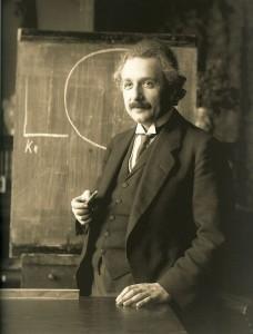 640px-Einstein_1921_by_F_Schmutzer