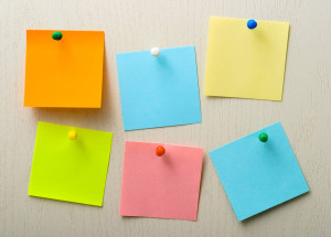 post-it-notes-and-pins-fd984