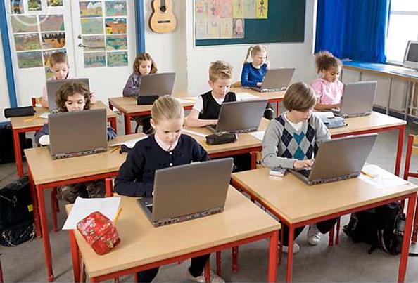 iStartSmart Classroom Solutions